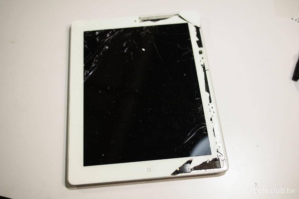 使用不到兩個月的iPad 4被兒子摔破了!